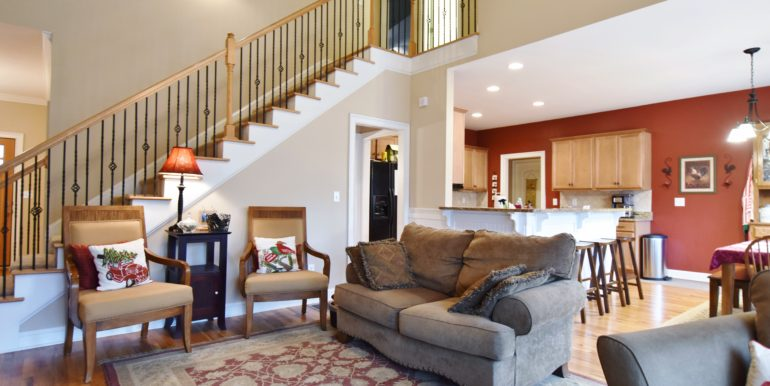 Great Room:Staircase