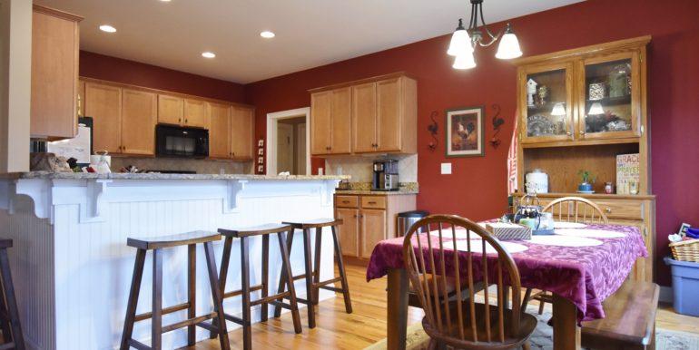 Kitchen:Bkfst Area