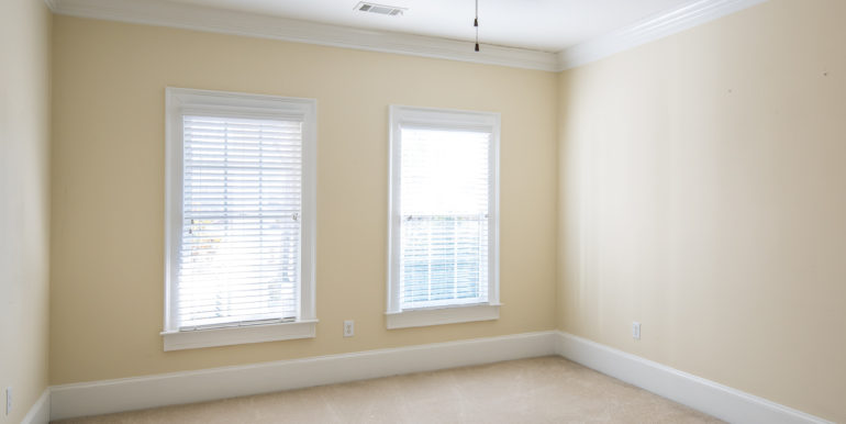 j-upstairs-bedroom-next-to-staircase-low-res