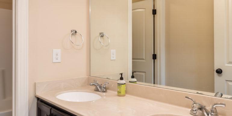 upstairs-bath-1